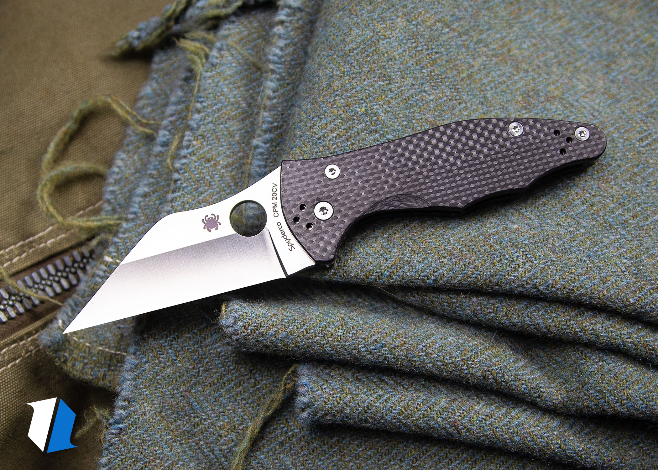 Tactical blade shape and edge