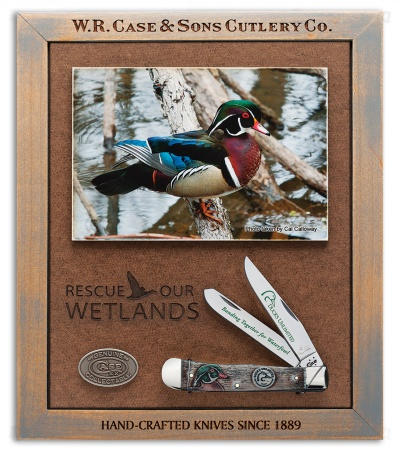 "Case Ducks Unlimited Trapper 4.125"" Commemorative Plaque 7307"