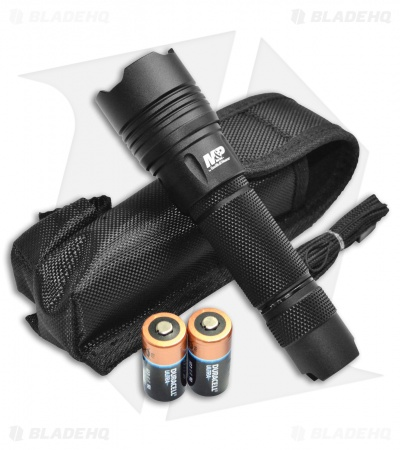 Smith & Wesson M&P 10 Tactical Flashlight (760 Lumens)