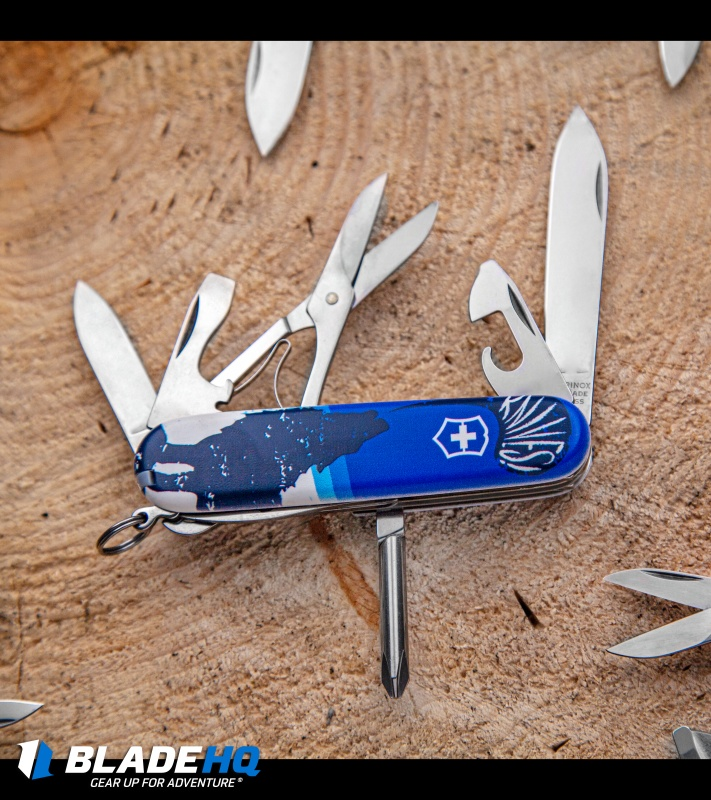 Victorinox Super Tinker Swiss Army Knife Crazy Wolf