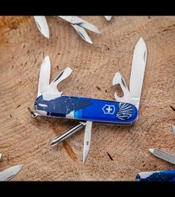 Victorinox Tinker Swiss Army Knife Crazy Wolf Blade Hq