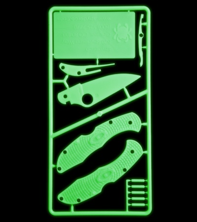 Spyderco Glow-in-the-Dark Plastic Knife Kit C11 Delica PLKIT1